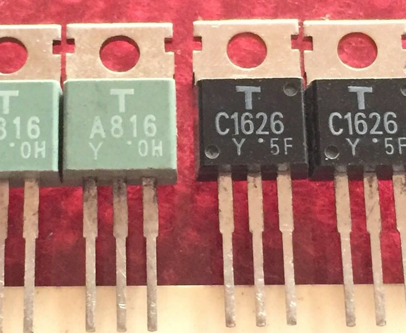 1PC 2SK168 TRANSISTOR NOS New Old Stock C555AU3F161215